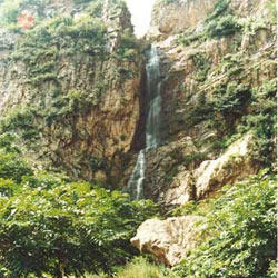 滴水壶自然风景区