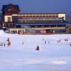 北京八达岭滑雪场