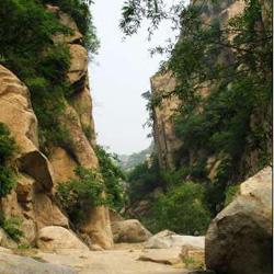 十三陵碓臼峪自然风景区