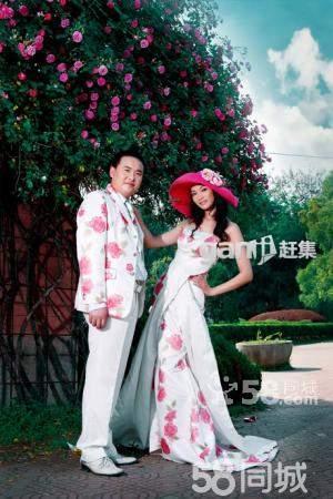 武汉天地人婚纱摄影现在拍婚纱4.3折. 摄影