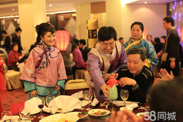 中式婚礼---唯美的电视剧造型,外加漂亮的新娘,使婚礼现场靓