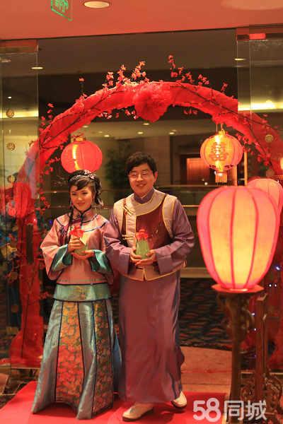 中式婚礼---唯美的电视剧造型,外加漂亮的新娘,使婚礼现场靓丽