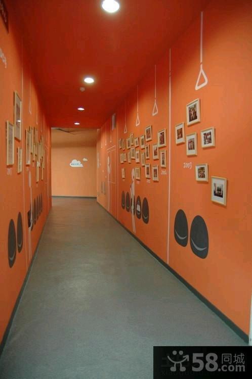 家庭装修过道相片墙图片欣赏