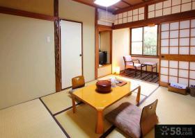 日式装修小客厅榻榻米图片