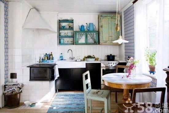 16个斯堪的纳维亚厨房 简单纯色撑起家