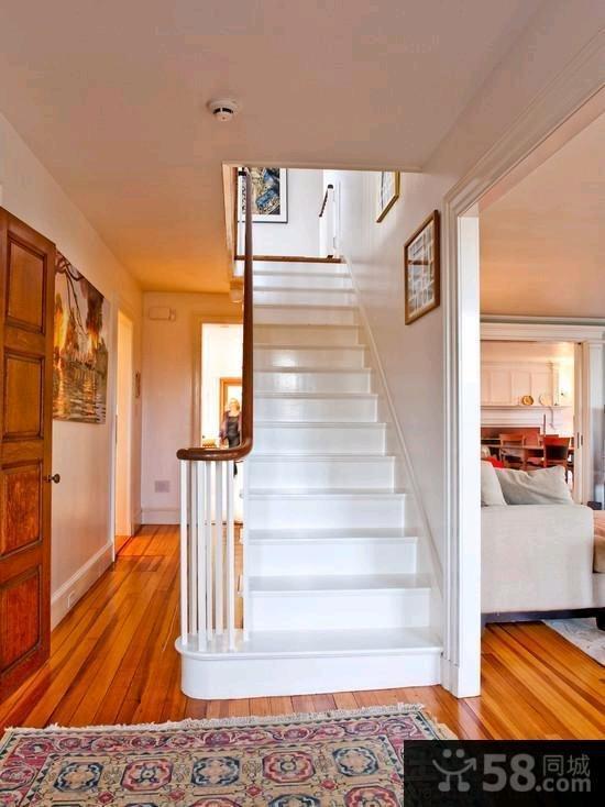 家装复式豪华楼梯图片欣赏