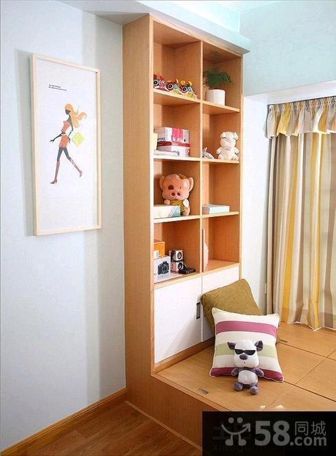 美式豪华卧室飘窗装修图片