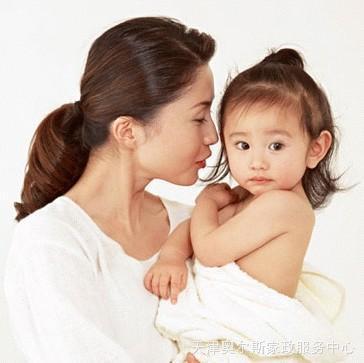 育婴_天津正规家政为您提供专业保姆育婴月嫂护工