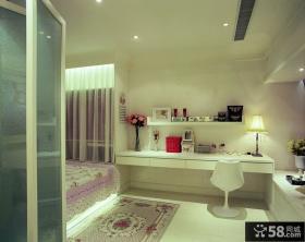 现代小户型女性公寓客厅装修效果图