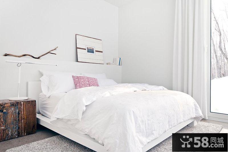 尖顶卧室装修