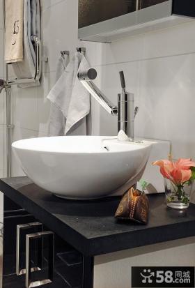 现代卫生间洗手盆装修效果图