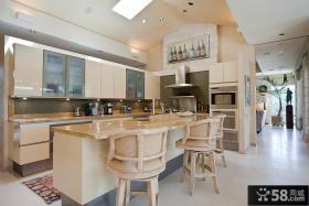 小型开放式厨房装修效果图片