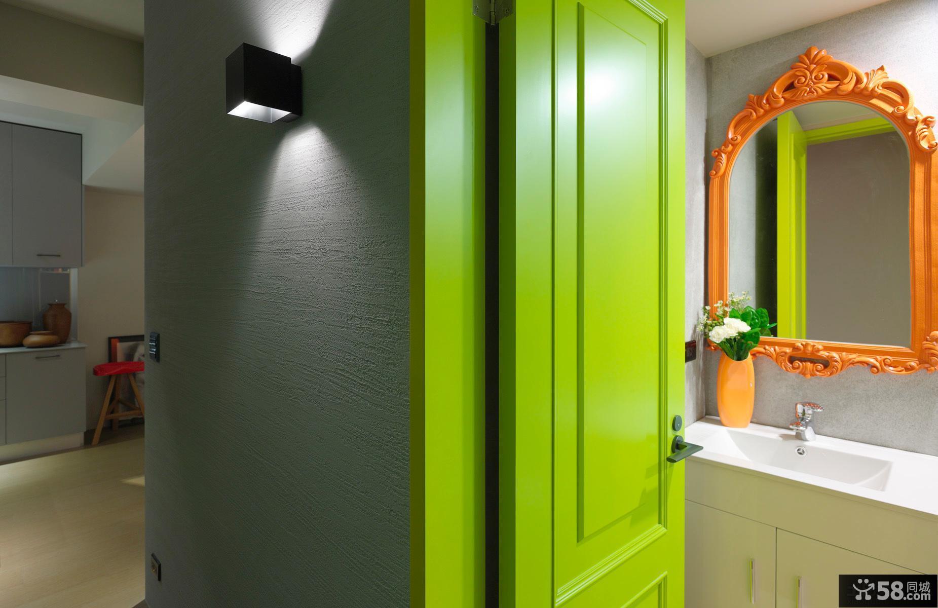 现代卫生间门效果图片