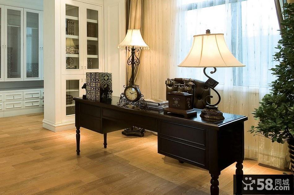 欧式客厅装潢设计图