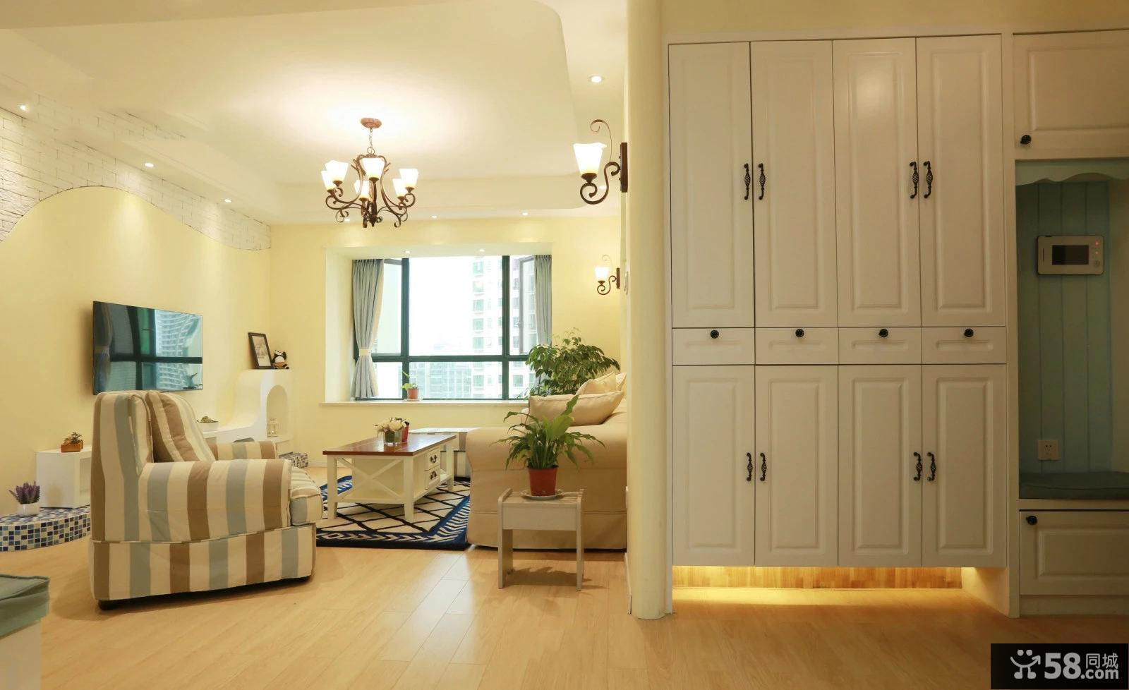 美式简约室内设计玄关装修效果图片