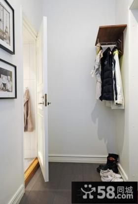 小户型入门玄关衣帽架效果图欣赏