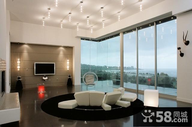 客厅电视墙面装饰