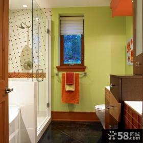 现代色彩的小卫生间装修效果图