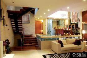 运用温馨的主题打造美式风格装修客厅图片
