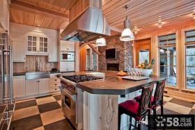 木质房结构厨房装修效果图欣赏