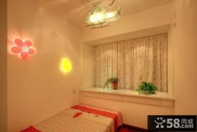 小户型儿童房飘窗装修效果图片