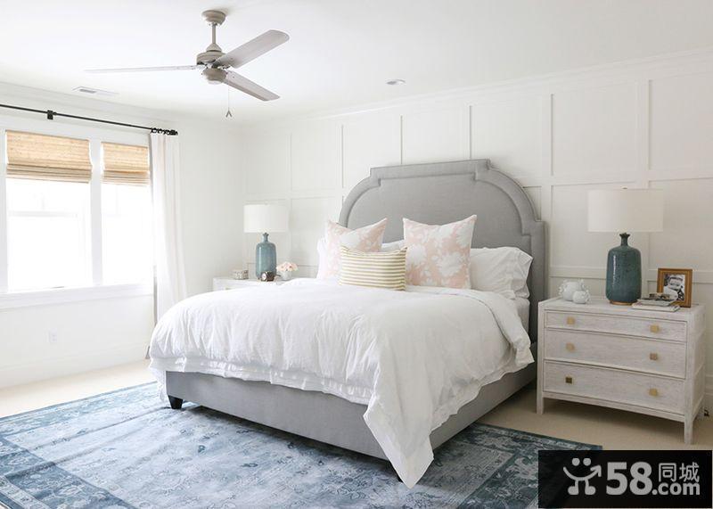 复古墙纸卧室