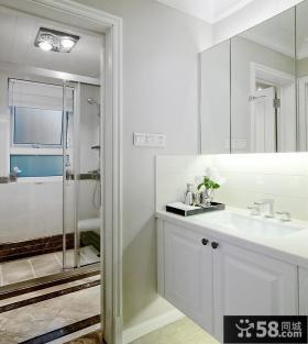 现代家装卫生间效果图
