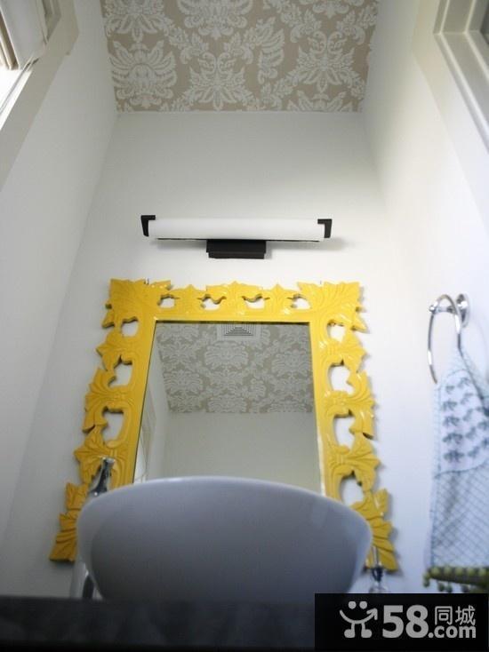 现代简约沙发背景墙装饰画