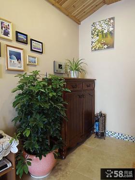 美式风格别墅玄关柜装饰效果图