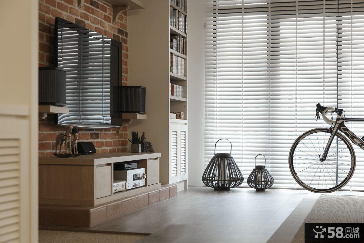 时尚美式家庭客厅电视墙装修
