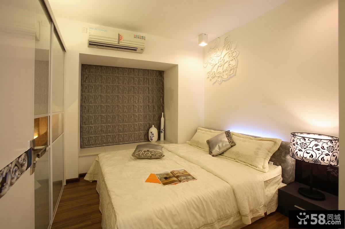现代简约风格70平米小户型卧室飘窗装修