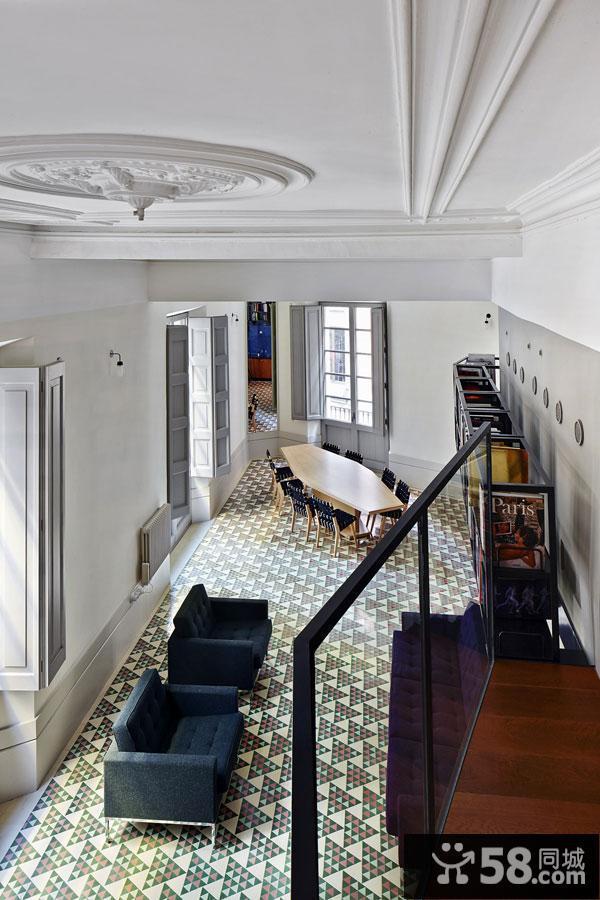 卧室高飘窗设计效果图