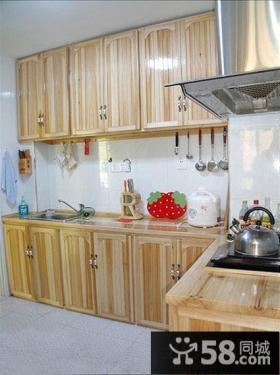 田园风格实木系厨房设计图