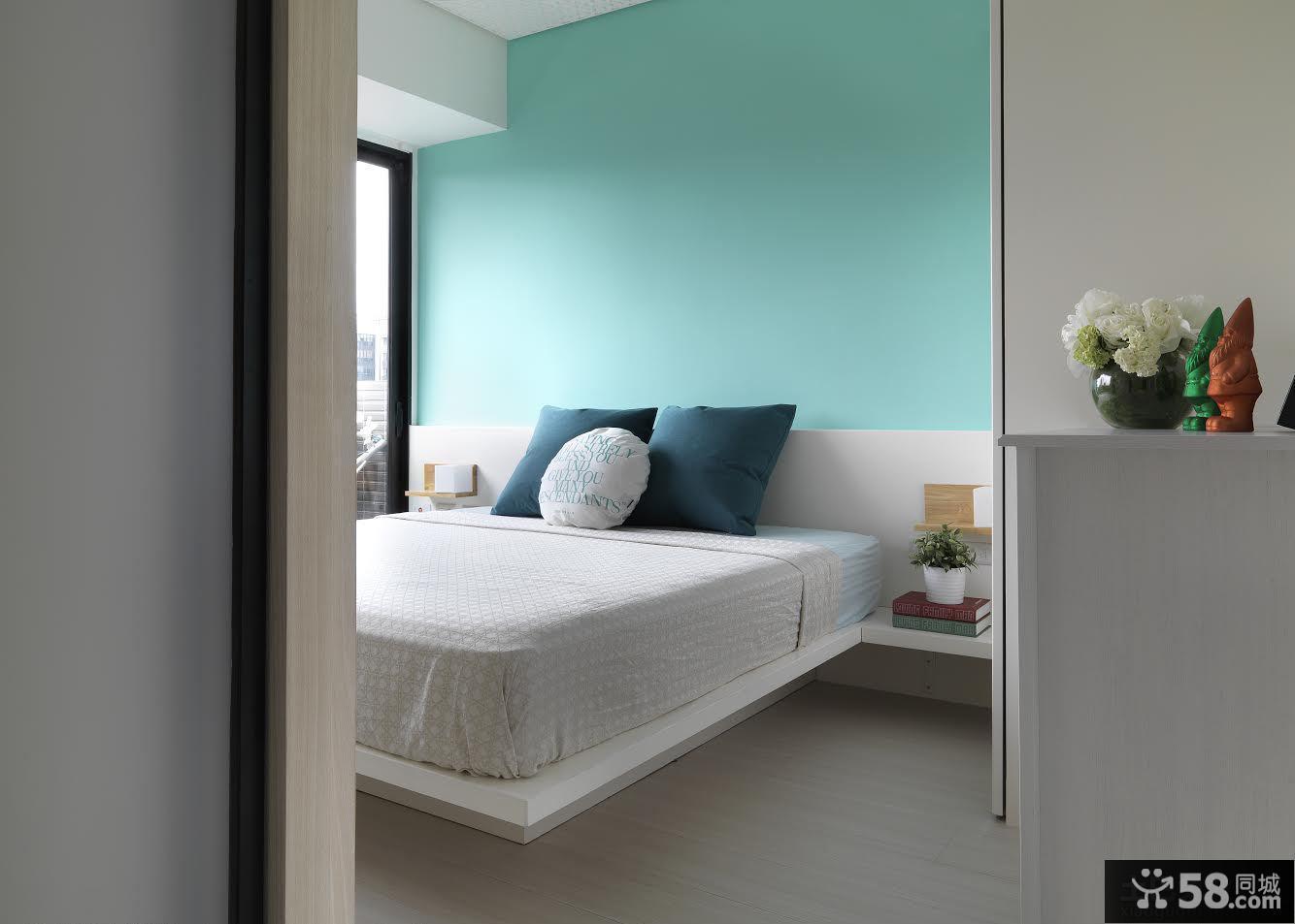 现代家居卧室简单装修效果图