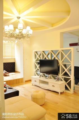客厅镂空电视背景墙隔断设计