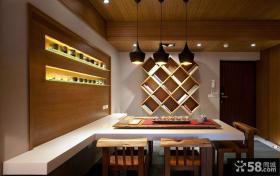 日式精装修公寓进门餐厅效果图