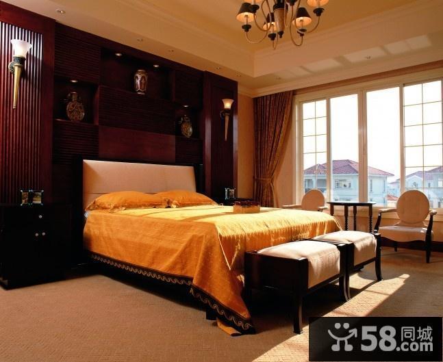 卧室墙衣柜