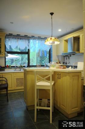 厨房吧台装修效果图欣赏