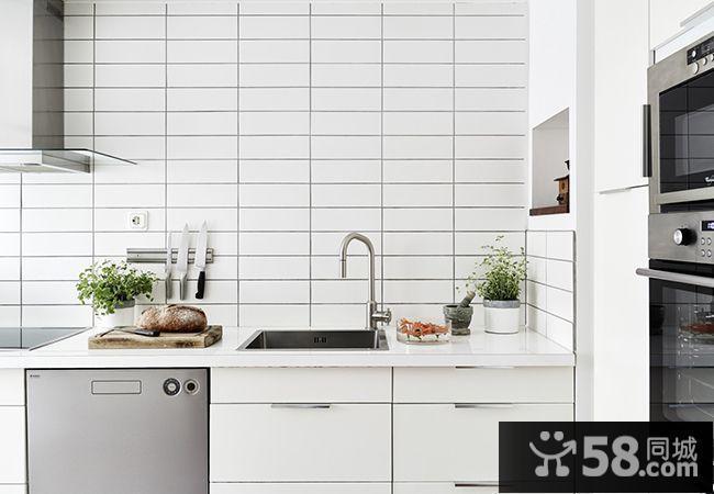 现代简约小户型厨房