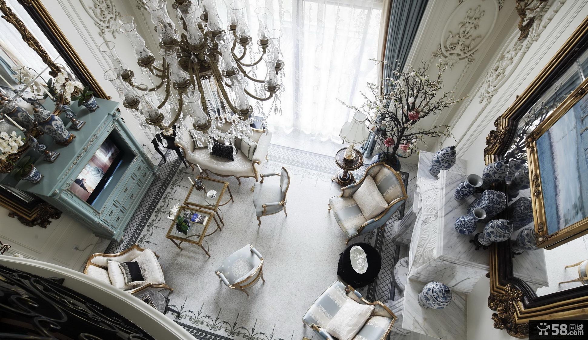 欧式别墅客厅沙发摆放效果图欣赏