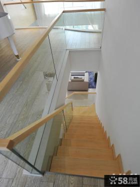 现代别墅玻璃扶手梯效果图