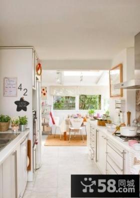 北欧风格狭长型厨房设计效果图