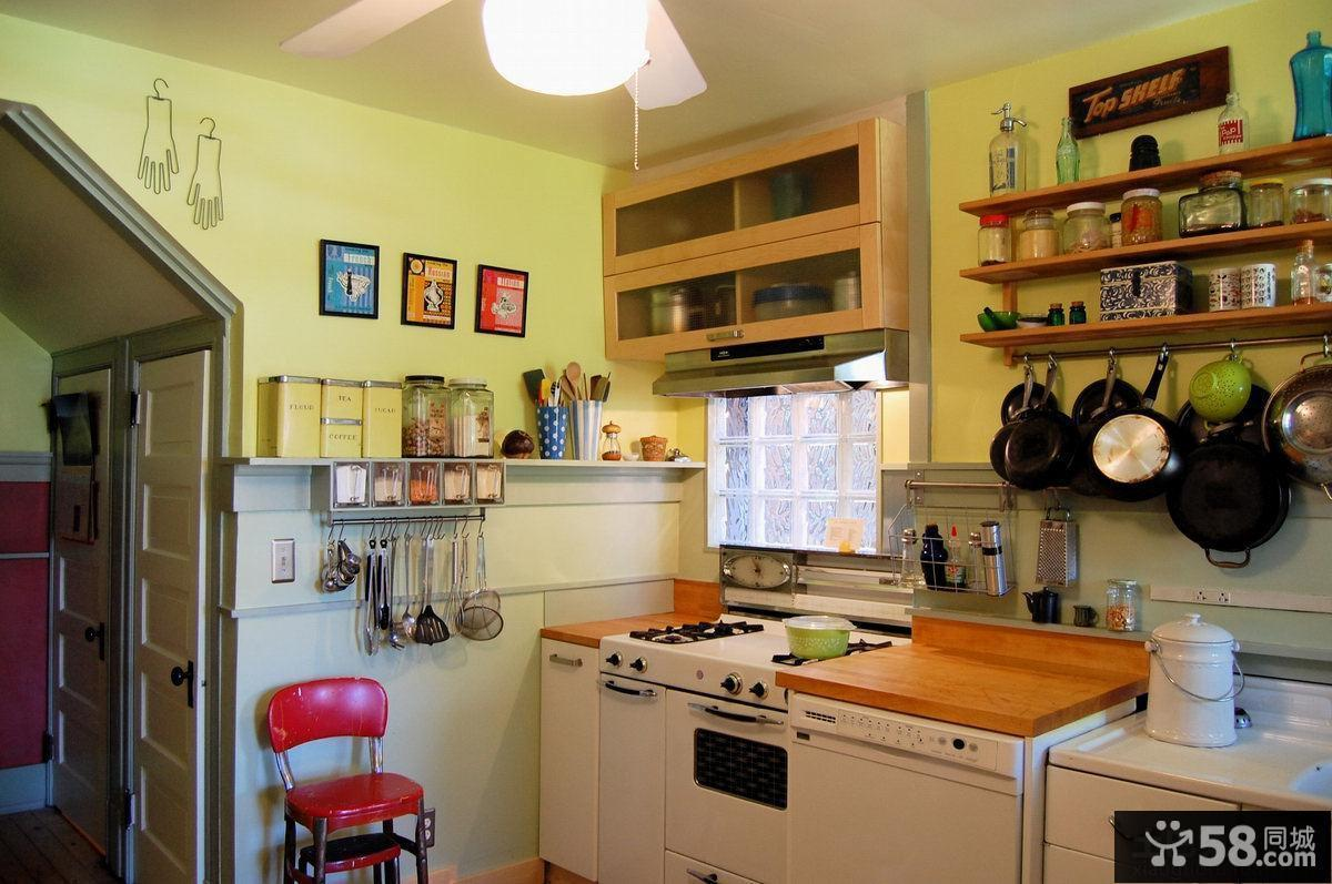 厨房用具摆放效果图