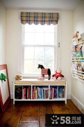 简约飘窗小书房装修效果图
