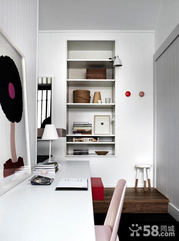 客厅实木玄关