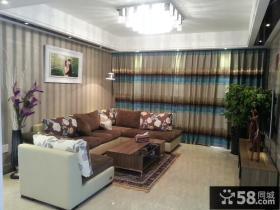 客厅窗帘沙发搭配效果图片