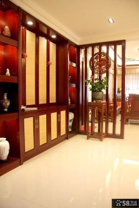 中式风格三居室玄关隔断架效果图欣赏