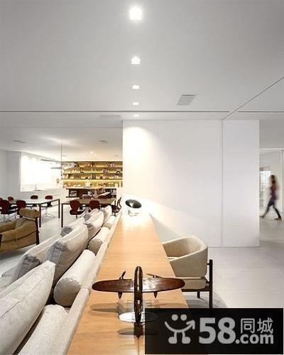 现代简约风格客厅装修效果图欣赏