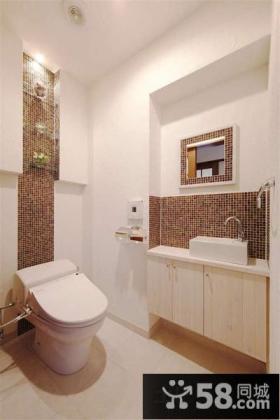 居家小面积卫生间装修效果图