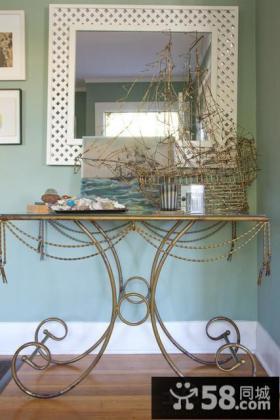 2013家居玄关桌装饰效果图